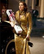 Mildred w złotej sukni