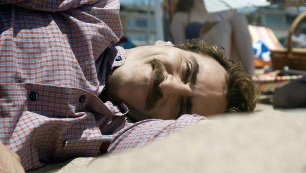 Ona. Joaquin Phoenix